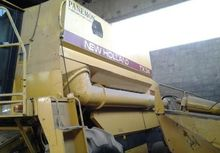 1990 NEW HOLLAND TX34 Combine h