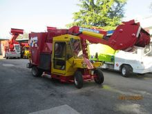 2002 AGM UNIFEED MC. 10 Mixer t