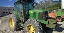 JOHN DEERE 6320 Agricultural tr