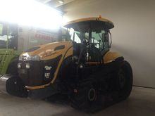 Used CHALLENGER MT74