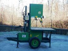 MONDIAL VIMAR 600 Sawing machin