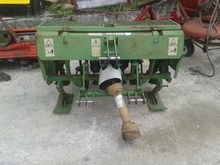 Celli 130 Diggers, shovels and