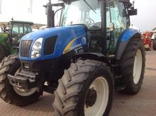 NEW HOLLAND T6020 Agricultural