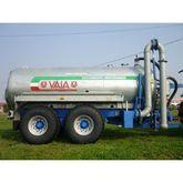 2005 Vaia MB/143 Tanker trucks