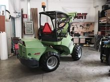 2010 AVANT 750 Forestry tractor