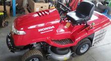 2014 Honda HF2417 Small tractor