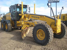 Used 2005 VOLVO G740
