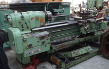 Used Centre lathe in
