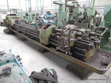 Deep-drilling lathe