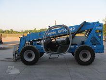 2008 GENIE GTH842
