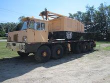 1969 Lima 700T Crane Truck #2