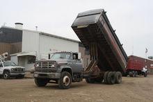 1975 Chevrolet Grain Truck