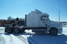 2003 Freightliner Conventional
