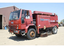 1999 Tymco MDL450 Sweeper