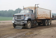 1971 GMC Grain Truck