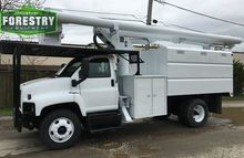 2005 gmc C7500 60 foot forestry