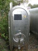 Tanks - wine tanks 0484