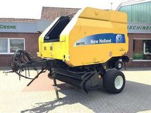 2005 New Holland BR 750
