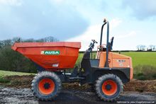 Used 2012 AUSA D1000