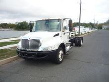 2012 international 4300 lp