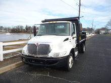 2012 international 4300 lp