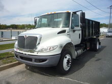 2011 international 4300 lp
