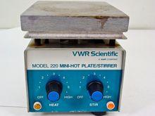 VWR Scientific 220 Mini-Hot Pla
