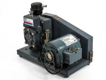 Welch 1400 DuoSeal Vacuum Pump