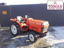 2000 Kubota Traktorek L1-235 4x