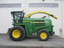 2003 John Deere 7400