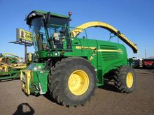 Used 2011 JD 7950 in