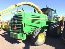 Used 2012 JD 7950 in