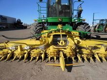 Used 2014 JD 692 in