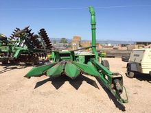 Used 2004 JD 3975 in