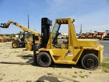 Used CATERPILLAR V12