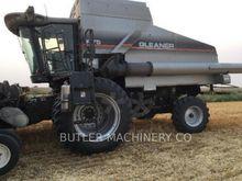 2004 Gleaner R75 Combine harves