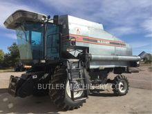 1992 Gleaner R52 Combine harves