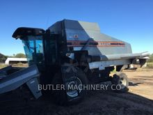 1992 Gleaner R62 Combine harves