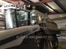 2011 Gleaner S77 Combine harves