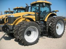 2014 Challenger MT685D Farm Tra