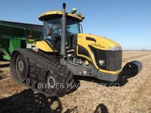 2008 Challenger MT765B Farm Tra