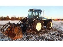 2011 New Holland TV6070 Farm Tr