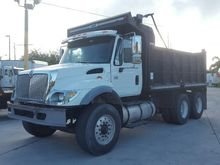 2004 International 7400 Dump Tr