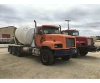 2000 International 5000 Mixer T