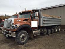 International 7600 SFA Dump Tru