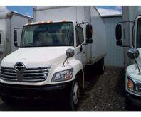 2007 Hino 268 Box Truck