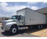 2014 International 4400 Dry Van