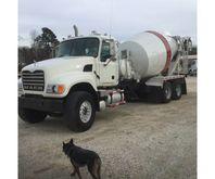 2007 Mack CV513 Mixer Truck