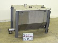 Aaron Hopper 100 CU FT 5A8571
