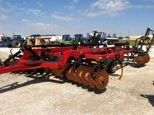 Used CASE IH 690 in